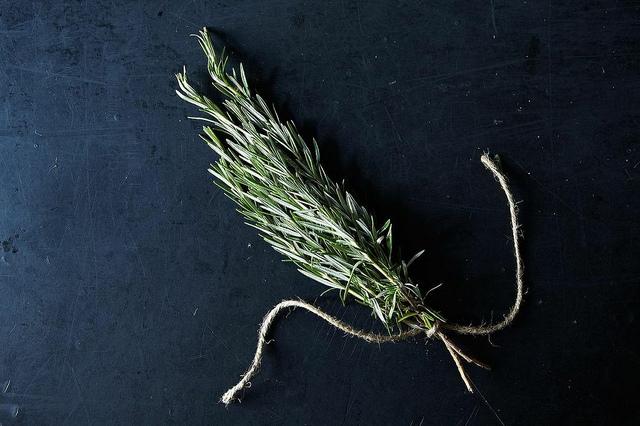 Egy sima, egy szárított - a fűszernövények szárításának legjobb módjai