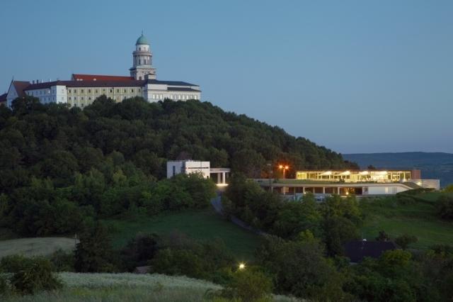 Viator Apátsági Étterem és Borbár, Pannonhalma