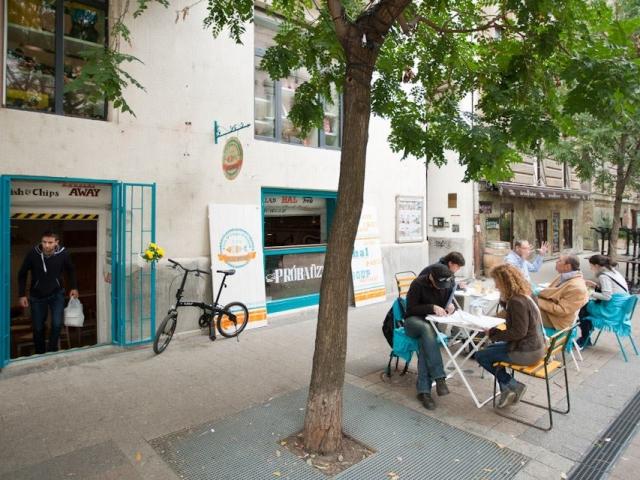 NEMO Fish&Chips&Salad Bar, Budapest