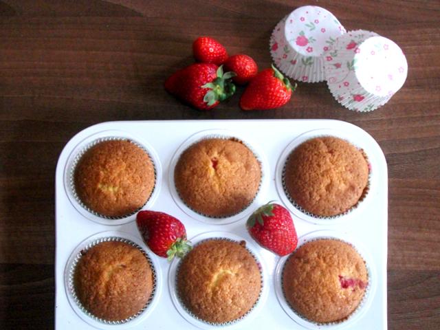 Tavaszi epres muffin