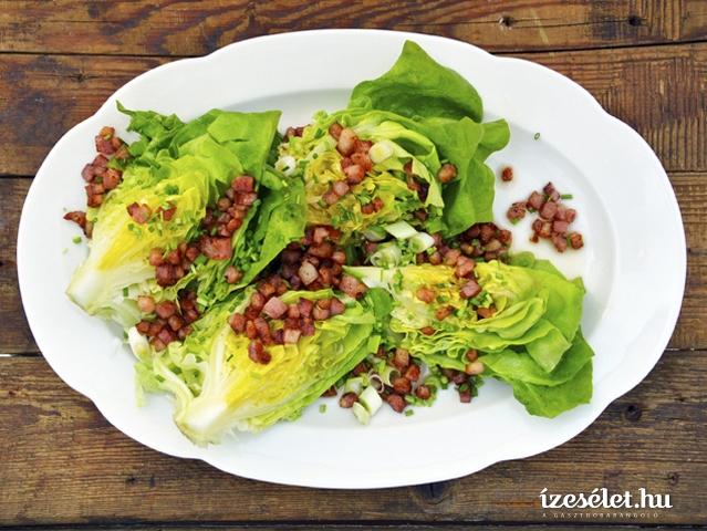 Öntött fejes saláta szalonnával