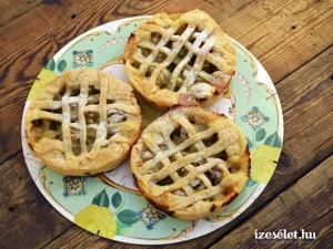 Fűszeres egreses omlós pite