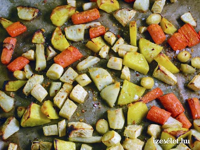 Mázas, sütőben sült gyökérzöldségek
