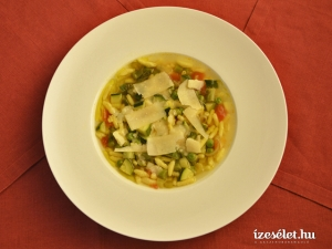 Tavaszi minestrone leves