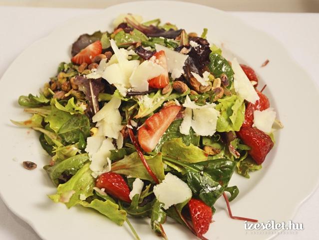 Epres saláta juhsajttal