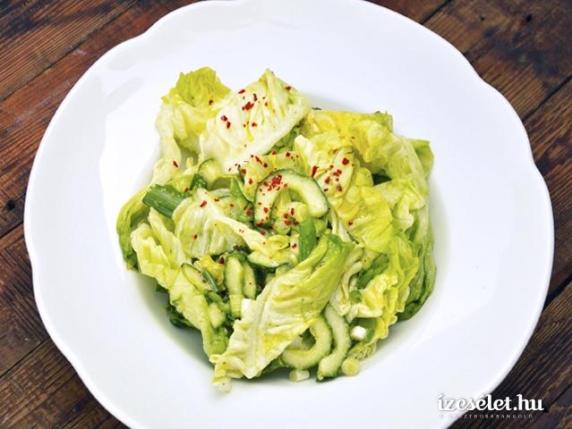 Nagyon zöld saláta
