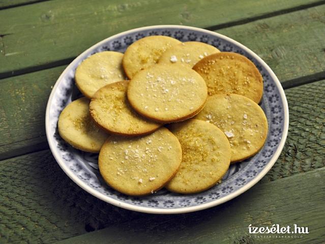 Fűszeres, mézes keksz