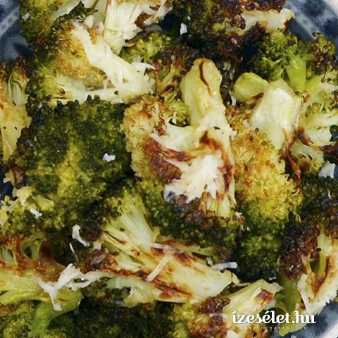 Egészben sült brokkoli mozzarellával