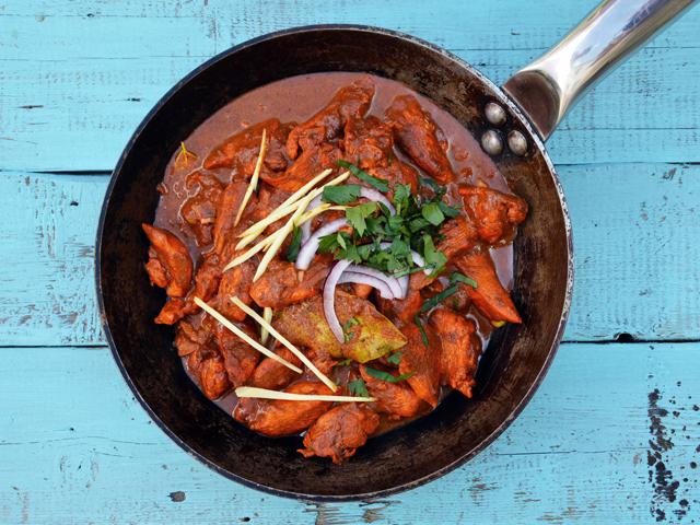 Tandoori csirke fűszeres rizzsel