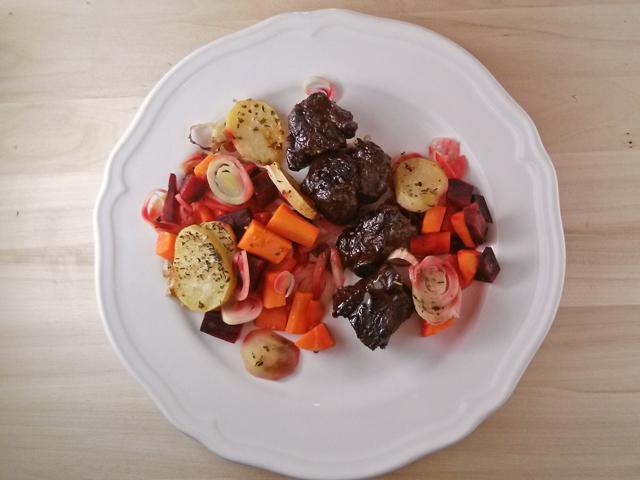 Vörösboros hátszín vele sült zöldségekkel