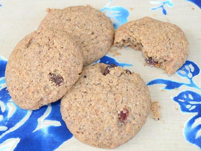 Mazsolás, tefflisztes keksz (gluténmentes)