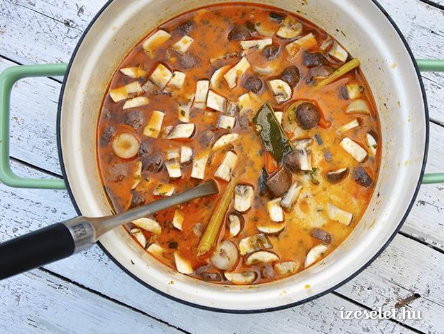 Tom Kha Gai, a vasárnapi thai csirkeleves