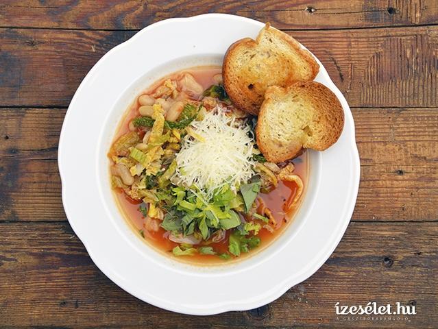 Zöldséges minestrone