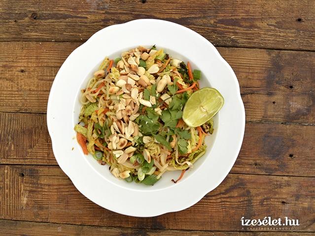 Vegetáriánus pad thai