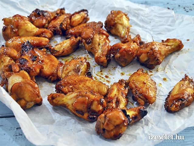 Ragacsos csirkeszárnyak