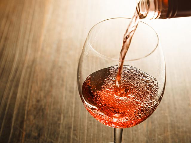 Díjnyertes hazai borok a fesztiválozóknak