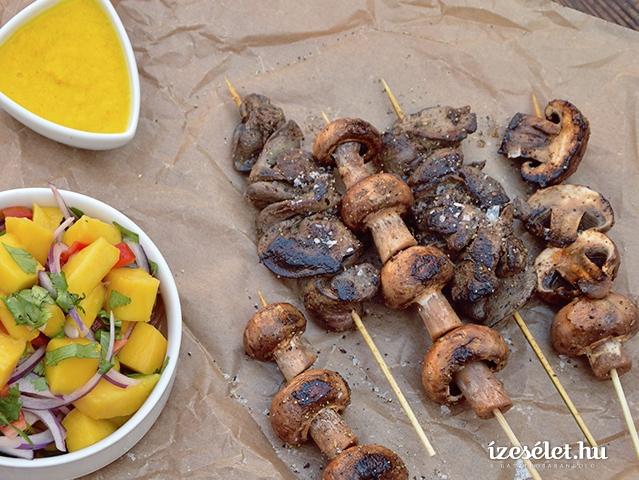 Perui nyárson sült csirkemáj és gomba