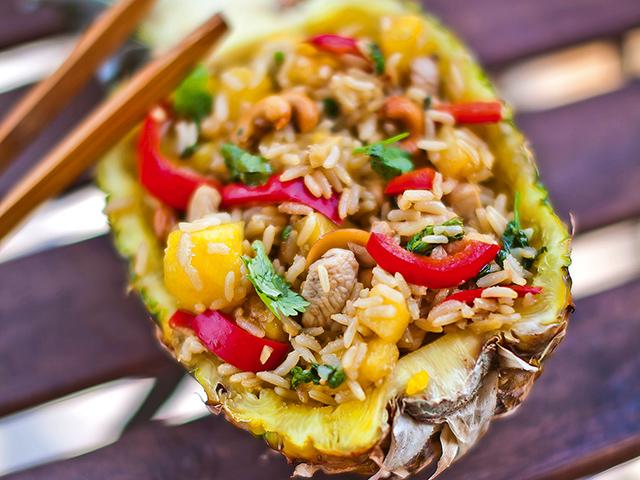 Rákóczi Feri kambodzsai csirkéje