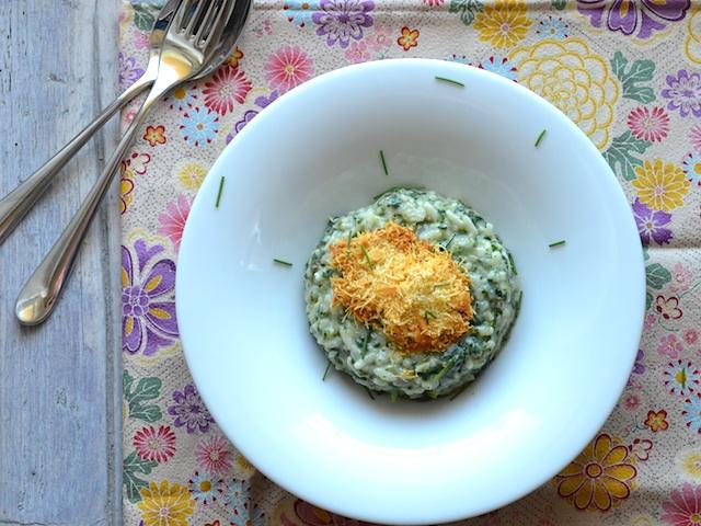 Gluténmentes zöld rizottó sajtos tallérral