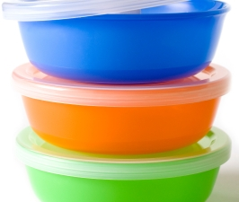 Műanyag ételtárolók szagtalanítása