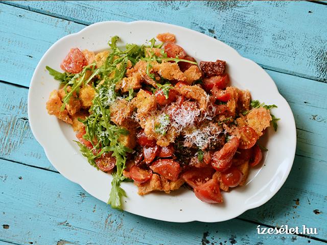 Olasz paradicsomos kenyérsaláta