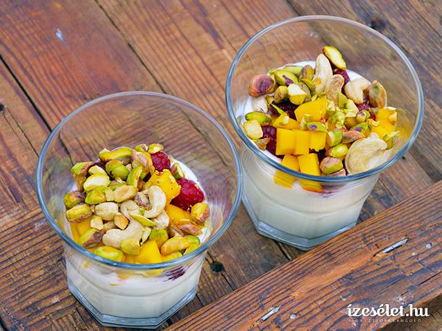 Villámgyors mangós joghurtdesszert