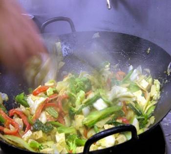 Wokkal jobb! 5 érv a wok mellett