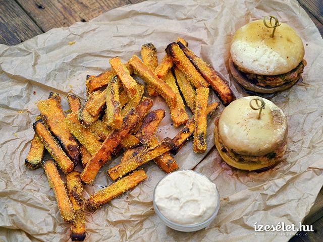 Csirkeburger ropogós édesburgonyachipsszel és fehérbabmajonézzel