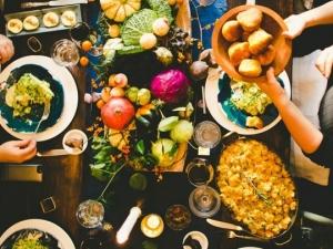 7 egyszerű trükk, amivel magabiztosan készíthetsz többfogásos vacsorát