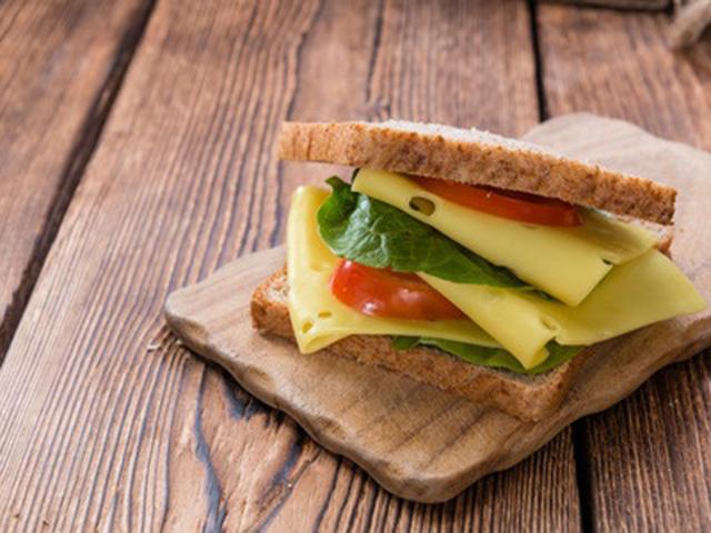 Sajtos szendvicsek a világ körül