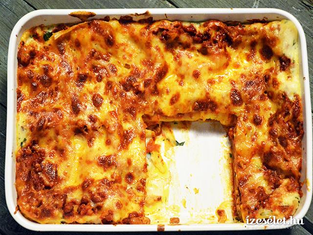 Szaftos lasagne sok sajttal