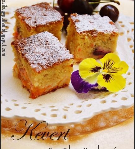Gyümölcsös kevert sütemény
