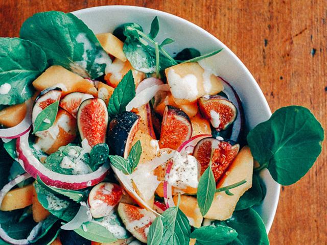 10 gyümölccsel turbózott, nyári saláta