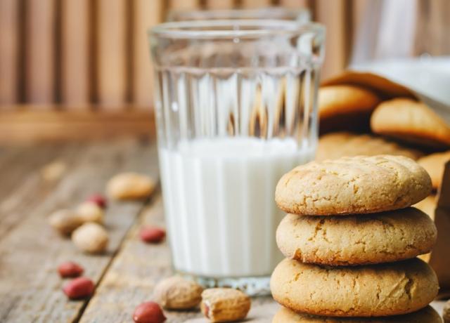 Nutellás mogyoróvajas keksz sütés nélkül