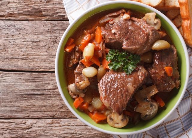 Julia Child beef bourguignon receptje