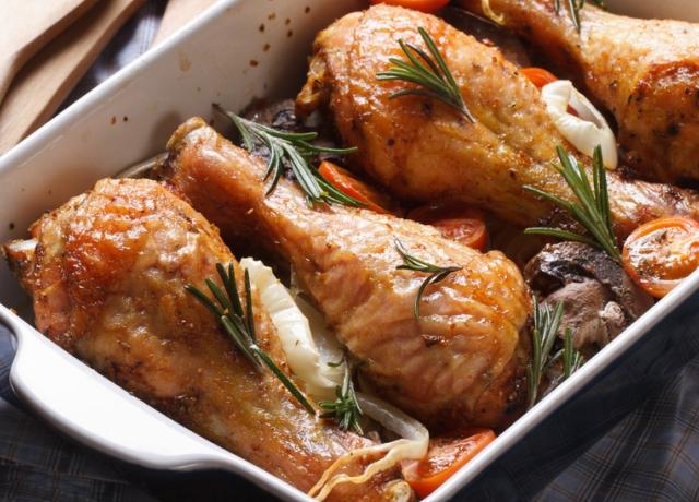 Csirke gombával és óriás krutonnal
