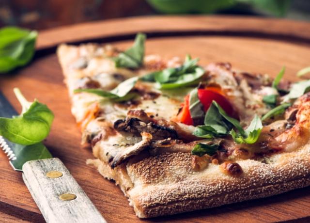 Erdei gombás pizza