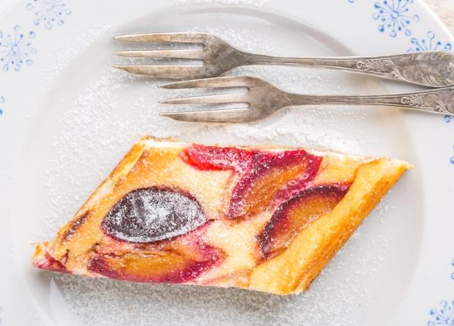 Olívás ricottás szilvás sütemény