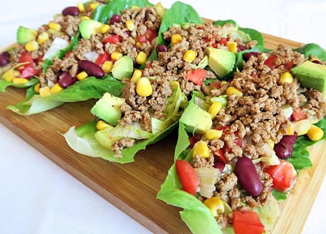Darált pulykás taco saláta