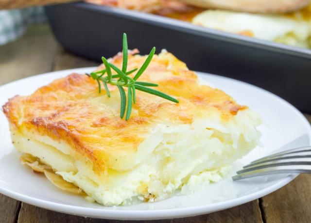 Zöldfűszeres burgonya gratin