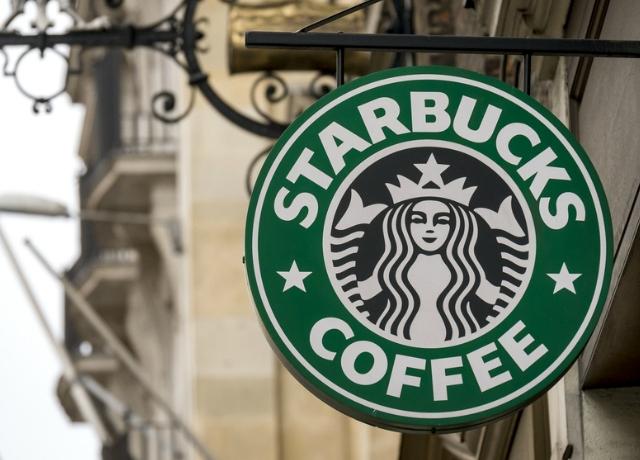 10 furcsa történet a világ Starbucks kávézóiból