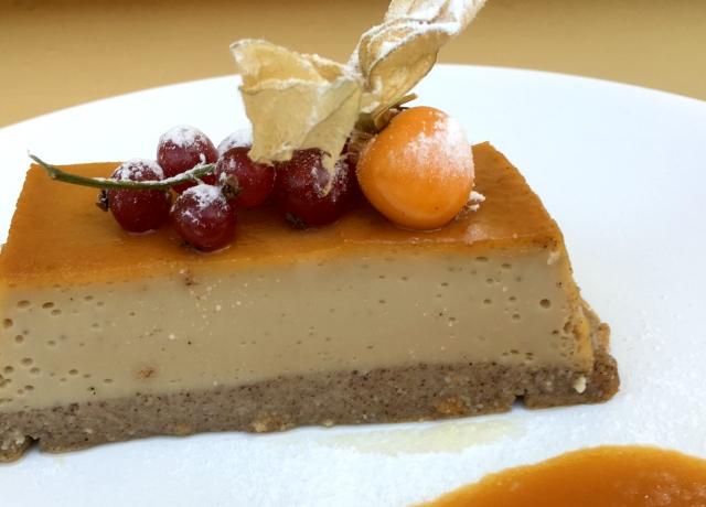 Könnyű desszert hétvégére: Fahéjas karamell flan
