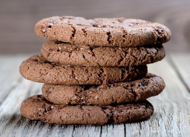 Dupla csokis, túrós keksz