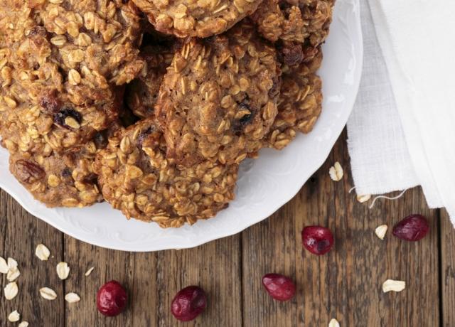 Sütés nélküli juharszirupos-mandulás vajas keksz