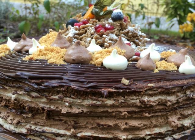 Gesztenyés-rumos csokitorta