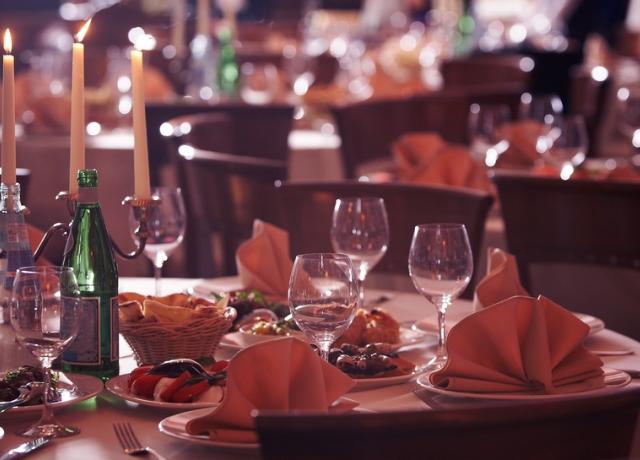 Mit tegyünk a megrendelt ételekkel, ha füstbement az esküvőnk? Vegyünk példát egy amerikai nőről!