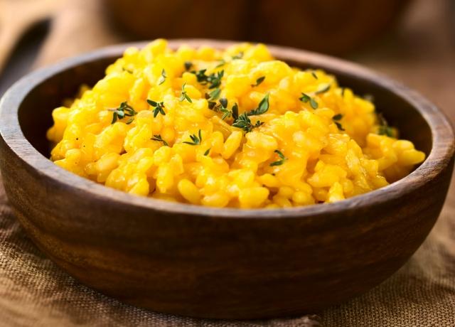 Ezt muszáj kipróbálni: Kurkumás-kókuszos rizs