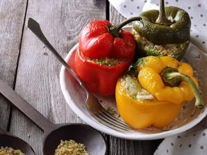 Könnyű elkészíteni, egészséges, és irtó jól mutat a tányéron: Töltött kaliforniai paprika