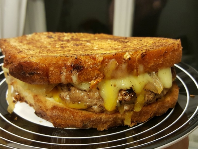 Kóstoltál már Patty Melt szendvicset? Akár igen, akár nem, ma van a napja! Mi szóltunk!