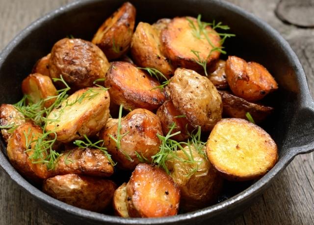 Tepsis krumpli zsályával